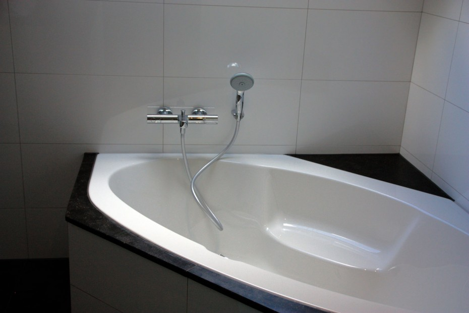 Niek witjes bouwservice badkamer verbouwing niek witjes bouwservice - Winkelruimte met een badkamer ...